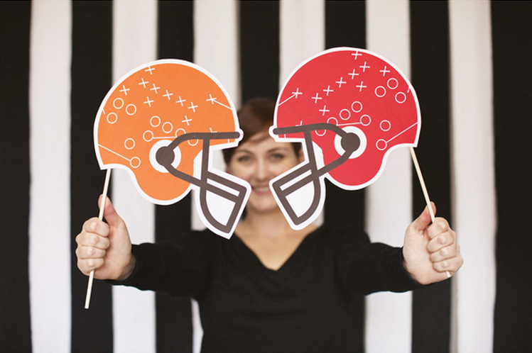 14 Cheap And Easy Diy Tailgate Party Ideas Smarty Cents